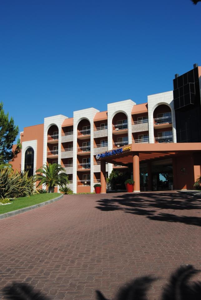 Disabled Holidays - Falesia Hotel, Algarve, Portugal