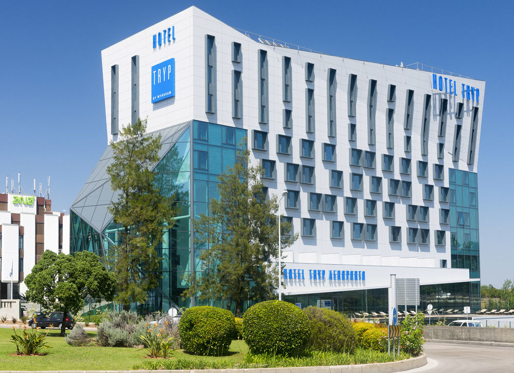 Disabled Holidays - Tryp Oriente Hotel, Lisbon, Portugal