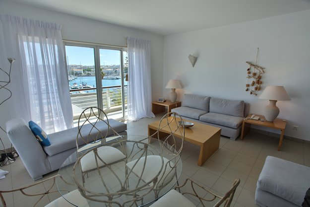 Marina Club Suite Hotel