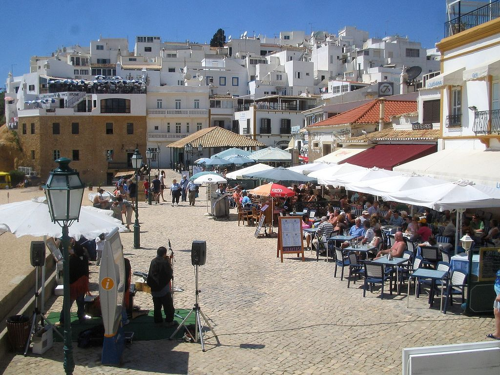 Disabled friendly accommodation in ALBUFEIRA, Portugal