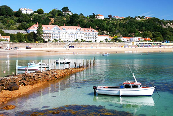 Accessible Holiday Cottages and Hotels for Disabled Wheelchair users in Saint-Brelade, Channel Islands