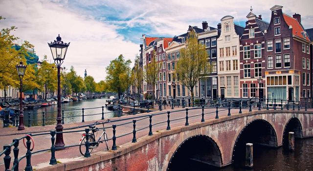Disabled friendly accommodation in amsterdam, netherlands