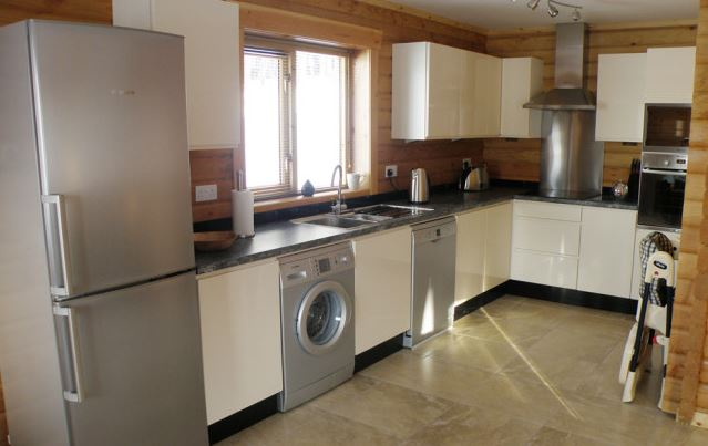 Accessible luxury disabled holiday lodges in aberchirder for Luxury kitchens scotland