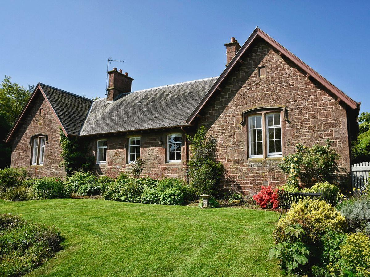 Disabled Holidays - The Shepherd's Cottage, Dunbar, East Lothian, Scotland