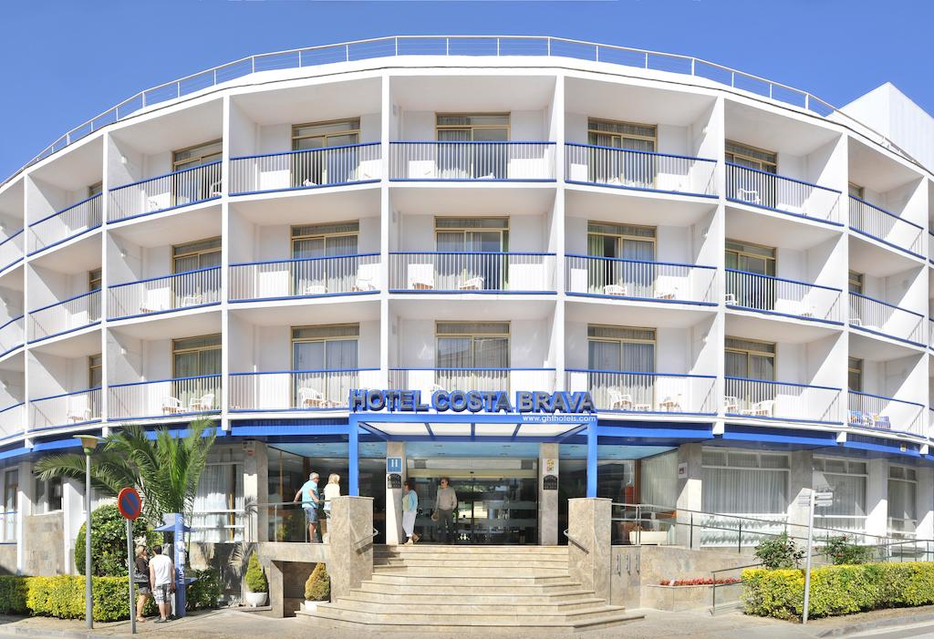 Disabled Holidays - Hotel Top Royal Star, Lloret de Mar, Spain