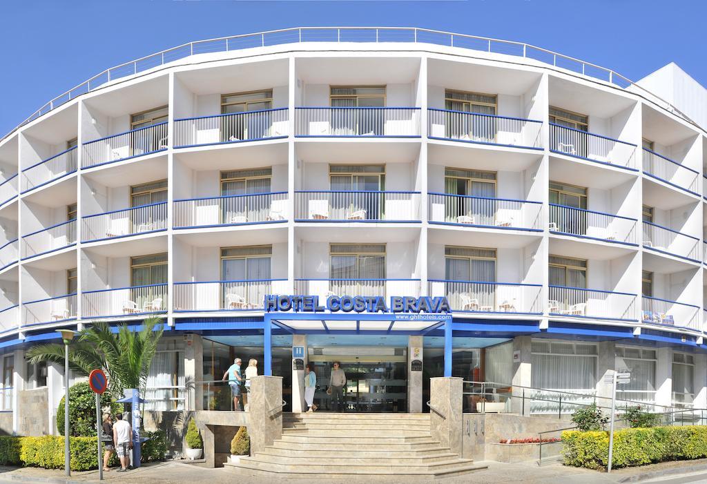 Disabled Holidays - Hotel Top Royal Star, Lloret de Mar, Spain
