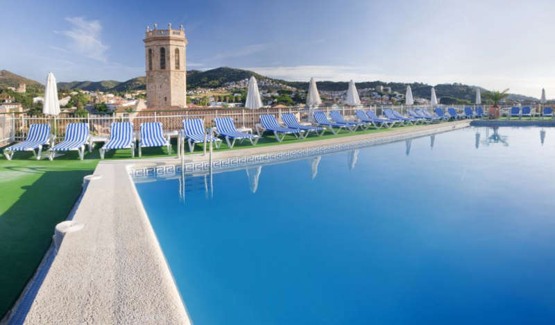 Disabled Holidays - Nostre Mar Apartments - Costa Brava, Spain