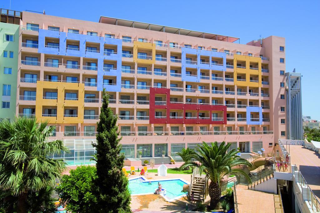 Disabled Holidays - Hotel Fenix Family, Roquetas del Mar, Costa Almeria, Spain