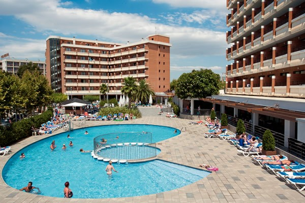 Disabled Holidays - California Garden Hotel, Costa Dorada, Spain