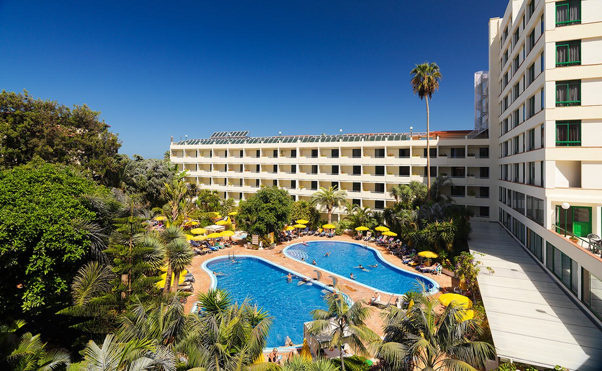 Disabled access holidays wheelchair accessible accommodation in the tenerife h10 tenerife - Airport transfers tenerife south to puerto de la cruz ...