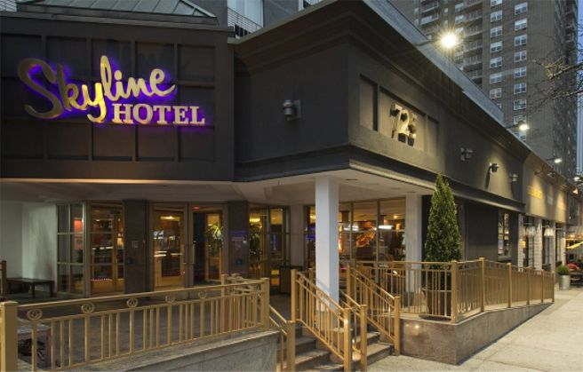 Accessible Hotels With Pool Hoists New York City New York Usa