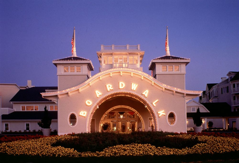 Disabled Holidays - Disney Boardwalk Inn Villas, Orlando, USA