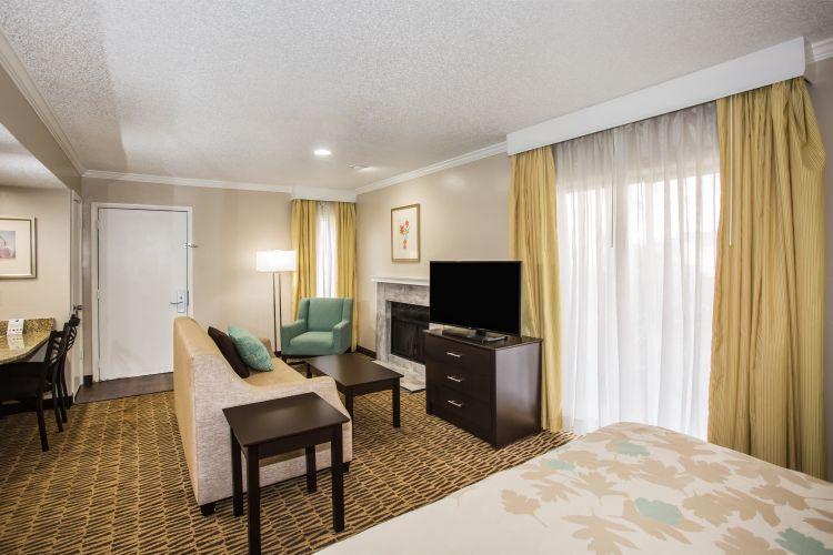 Hawthorn Suites by Wyndham Orlando International Drive