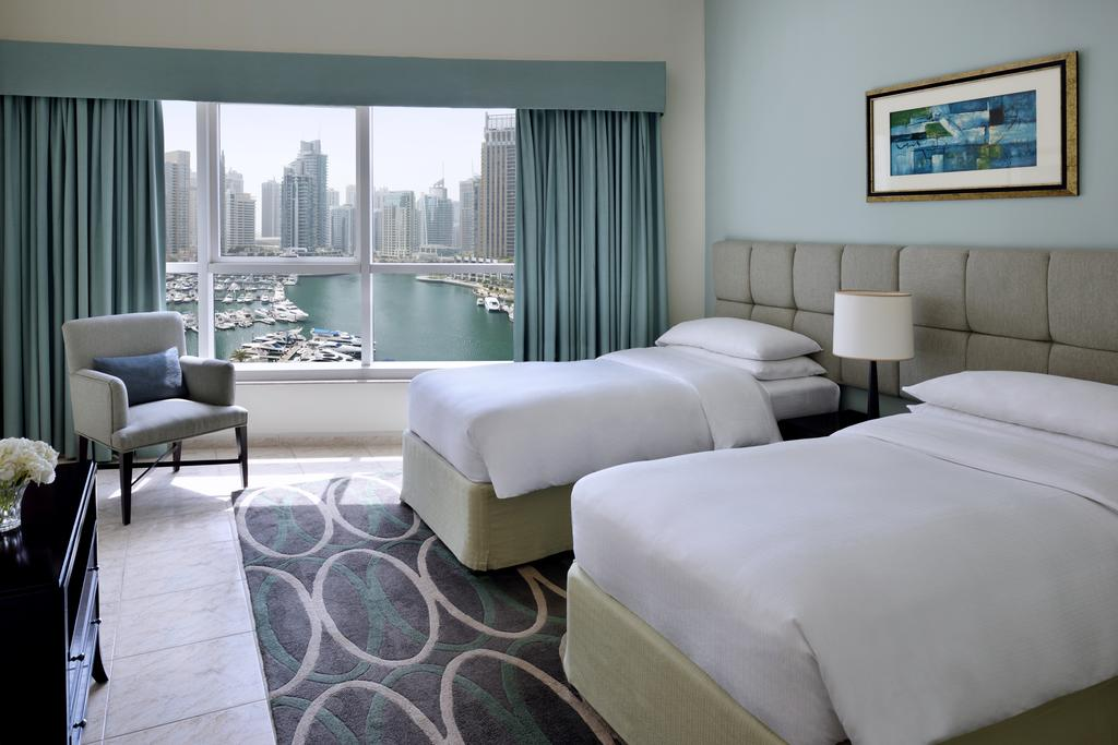 Marriott Harbour Hotel and Suites