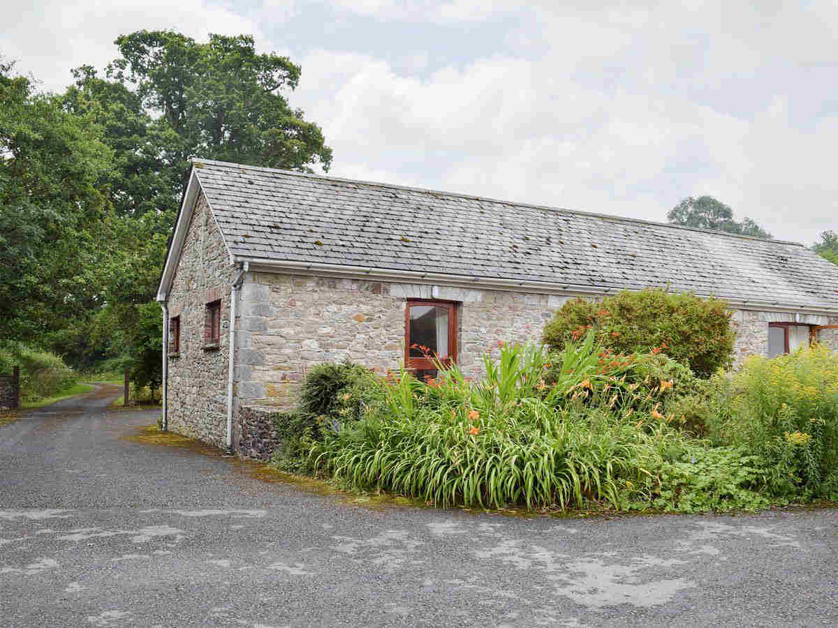 Disabled Holidays - Carreg Cennen Cottage Llandeilo, Carmarthenshire, Wales