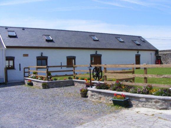 Disabled Holidays - Mill And Stable Barn, Wales