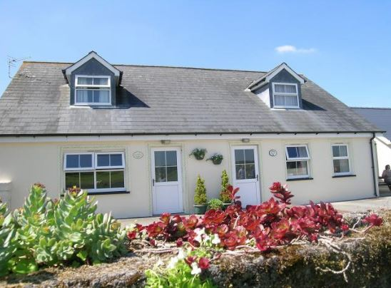 Disabled Holidays -Yellow Rose, Whitland, Carmarthenshire, Wales