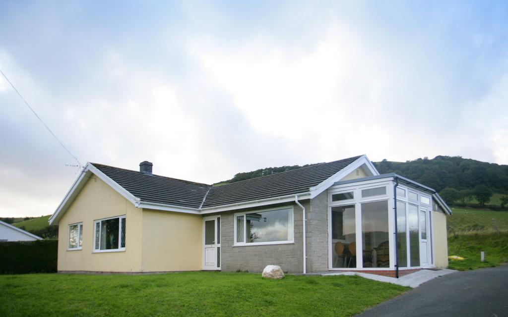 Disabled Holidays - Aberceiro Bungalow - Wales