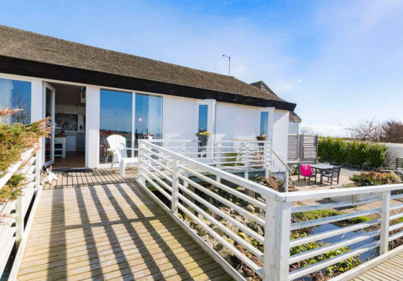 Disabled Holidays - Owain's Lake View - Rhosneigr, Anglesey, Wales