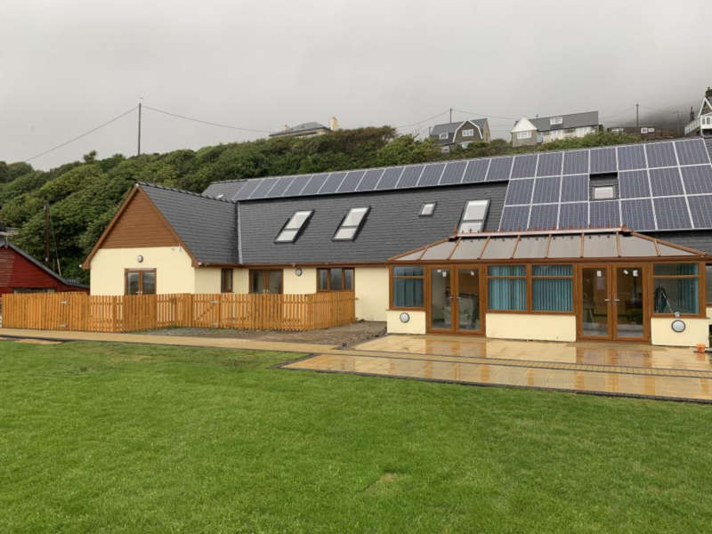 Disabled Holidays - Barmouth Beach Club - Wales
