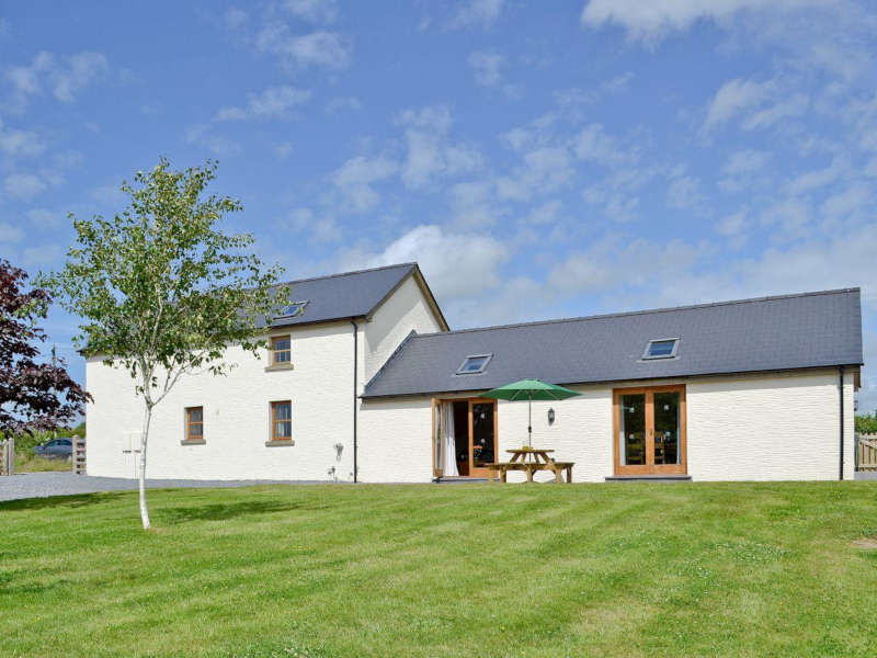 Disabled Holidays - Llanlliwe Cottage, Pembrokeshire, Wales